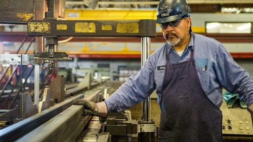 ForPost- Мировой рынок труда потерял в 2020 году 255 миллионов рабочих мест