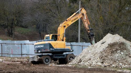 ForPost- В Севастополе реку Бельбек избавят от смрадных стоков