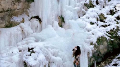 ForPost- Крымские ледопады стали точкой притяжения туристов