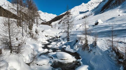 ForPost - «Ледники» Крыма наполнят подземные бассейны