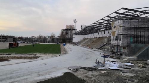 ForPost- Стадион 200-летия Севастополя откроют этим летом
