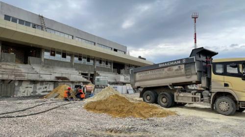 ForPost- Реконструкция стадиона «Горняк» в Севастополе движется к финалу