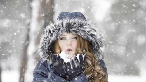 ForPost- Ученые пояснили, почему в России выпал желтый снег