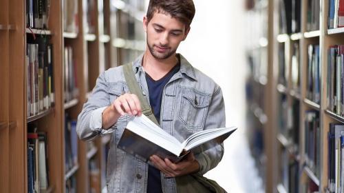 ForPost- Российским школьникам резко расхотелось получать высшее образование