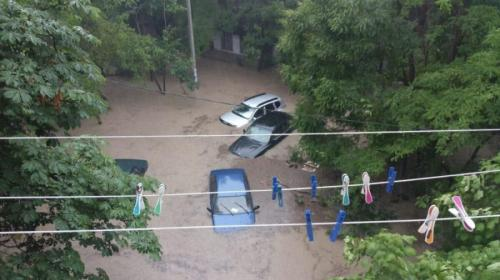ForPost- Часть Севастополя опять поплыла после дождя