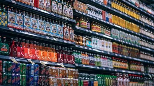 ForPost- Алкоголь и сигареты хотят запретить к продаже покупателям с детьми