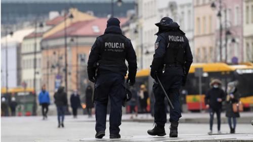 ForPost- В Польше допускают введение комендантского часа