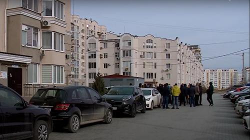 ForPost- Севастопольцы отодвинули трассу от своих балконов
