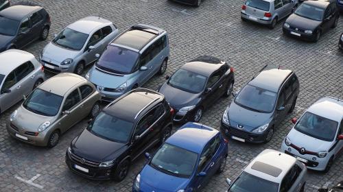 ForPost- Севастополец предлагает туристам парковаться за городом