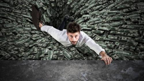 ForPost - Россиянам назвали три способа выбраться из долговой ямы