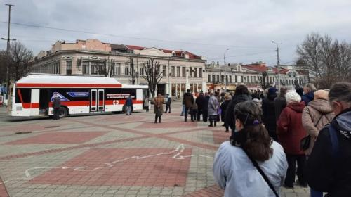 ForPost- В столице Крыма открыли мобильный пункт вакцинации от коронавируса