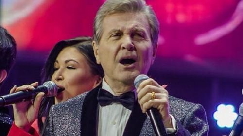 ForPost- Канадской певице пришлось «прорываться» в Крым
