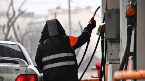 ForPost - В России с 1 мая начала действовать новая формула расчёта цены на бензин Короткая ссылка