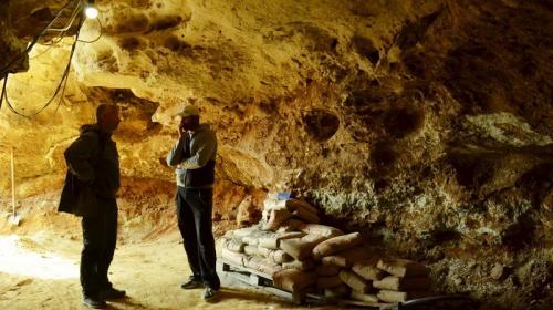 ForPost - Уникальная прогулка внутри крымской пещеры Таврида с одним из первооткрывателей