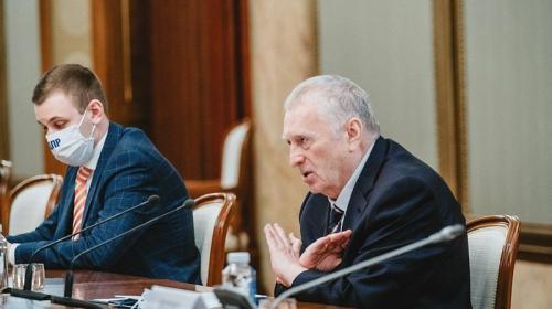 ForPost- Жириновский заявил о партийной девственности