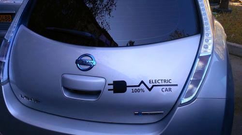 ForPost - Владельцам электромобилей в Севастополе обещают бонусы