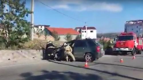 ForPost- В Севастополе нетрезвый водитель не справился с управлением и устроил ДТП