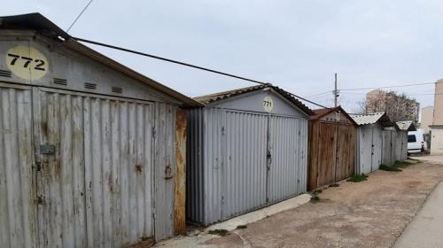 ForPost- В Севастополе планируют снести более 300 гаражей