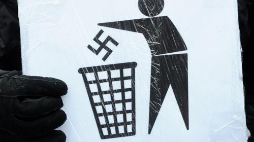 ForPost - Россия заменяет мораль пластиковой ненавистью к фашистам?