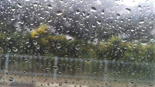 ForPost - В сёлах Севастополя ливнем затопило дома