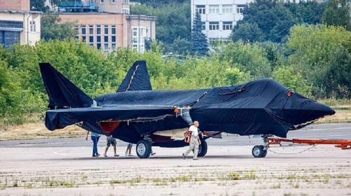 ForPost- «Работает на водке»: на Западе взбудоражены из-за нового российского истребителя. Видео