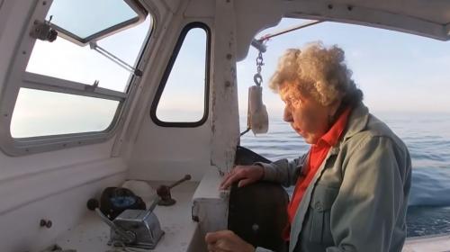 ForPost- 101-летняя женщина назвала море секретом своего долголетия