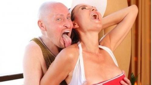 ForPost- Бледанс с Шурой устроили эротическую фотосессию в Крыму