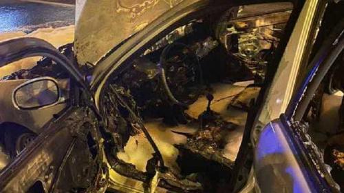 ForPost- В разных частях Севастополя в одно время загорелись два автомобиля