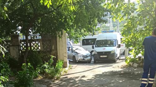 ForPost- Водитель «скорой» в Севастополе оштрафован за лихую езду