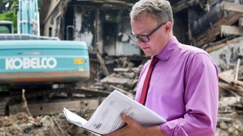 ForPost- В Севастополе чуть не отремонтировали снесенные дома