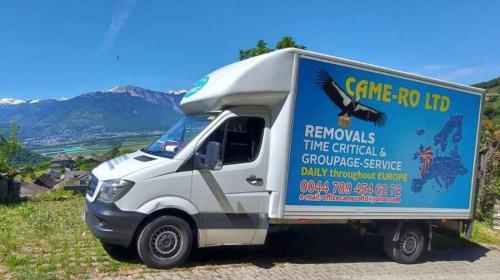 ForPost- Британский перевозчик поместил на свои машины карту Украины без Крыма