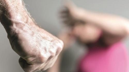 ForPost- Санитары психбольницы жестоко избили пациентку в лифте