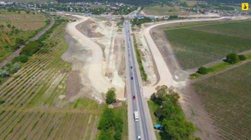 ForPost- Новую ялтинскую развязку под Севастополем откроют раньше срока