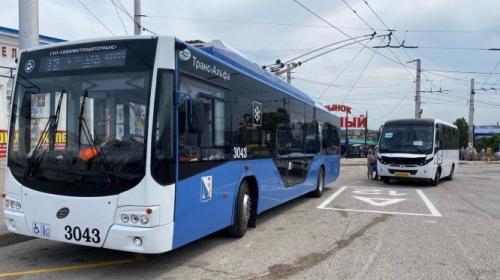ForPost- В Севастополе ищут нового перевозчика для 12-го, 120-го и ряда других маршрутов
