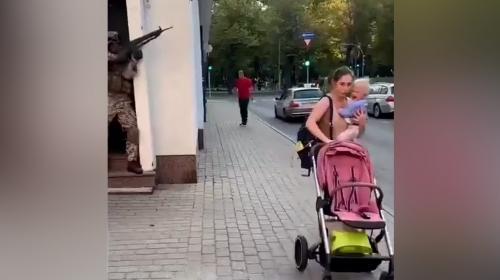 ForPost- «Идиоты»: военные устроили в Риге антироссийские учения и напугали жителей. Видео