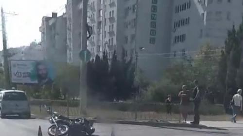 ForPost- В Севастополе не разъехались автомобиль и мотоцикл