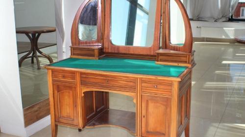 ForPost - Сможет ли Севастополь выкупить на аукционе уникальные экспонаты для музея?