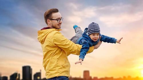 ForPost- В России впервые отмечается День отца