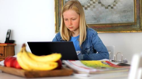 ForPost- В Крыму родители школьников требуют «коронавирусные» каникулы