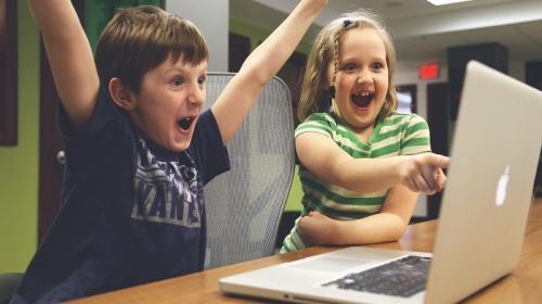 ForPost- На портале Госуслуг будут регистрировать, начиная с детства
