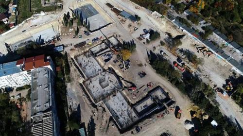 ForPost - «Новый Херсонес» продолжают заливать бетоном