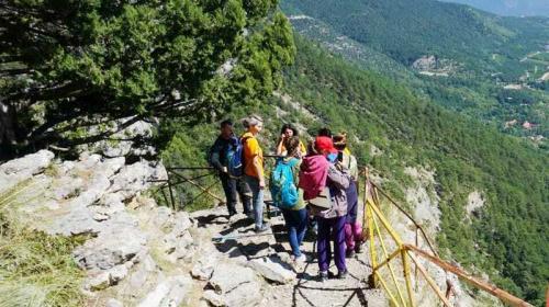 ForPost- Посещение трёх популярных маршрутов в горном Крыму назвали смертельно опасным
