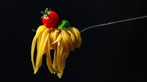 ForPost- Рекордный рост цен на «народные» макароны и овсянку: что теперь мы будем есть?