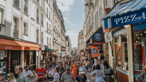 ForPost- Французы считают, что белые христиане находятся под угрозой исчезновения