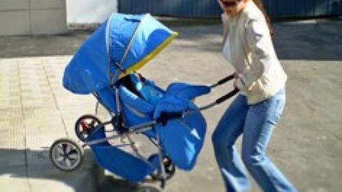 ForPost - Прыщавый токсикоман пытался украсть детский совок, ведерко и паровозик.
