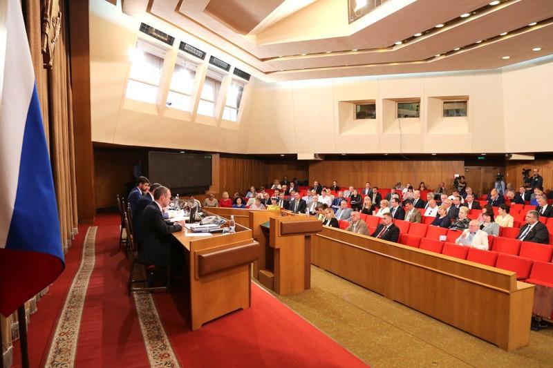 ForPost - Новости : Парламент Крыма наконец–то покинет мошенник