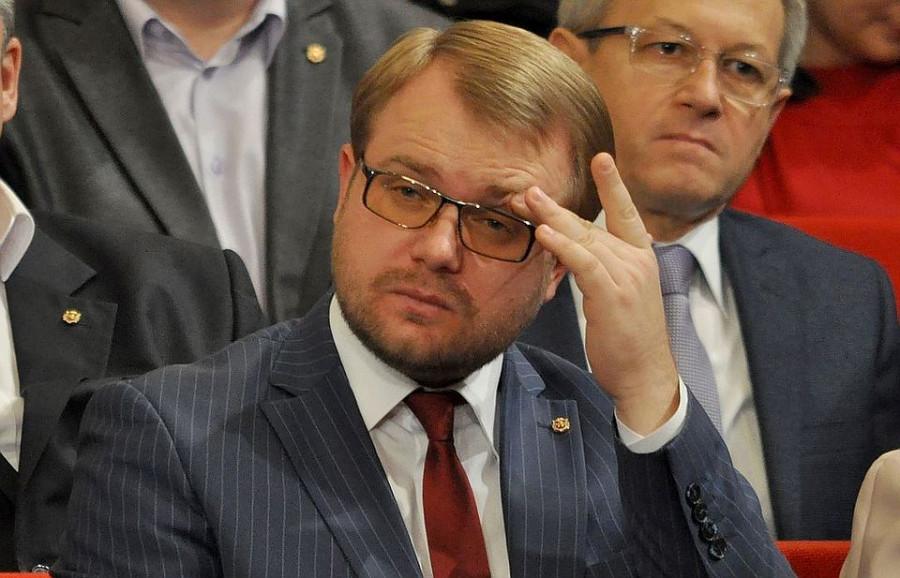 ForPost - Новости : Глава мининформа Крыма хочет миллион от общественника