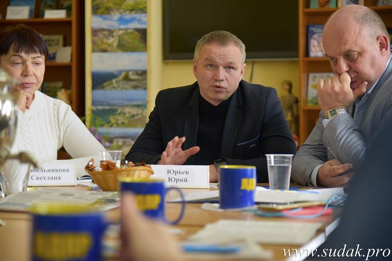 ForPost - Новости : Мининформ Крыма занимается бессистемной вознёй, – депутат Юрьев