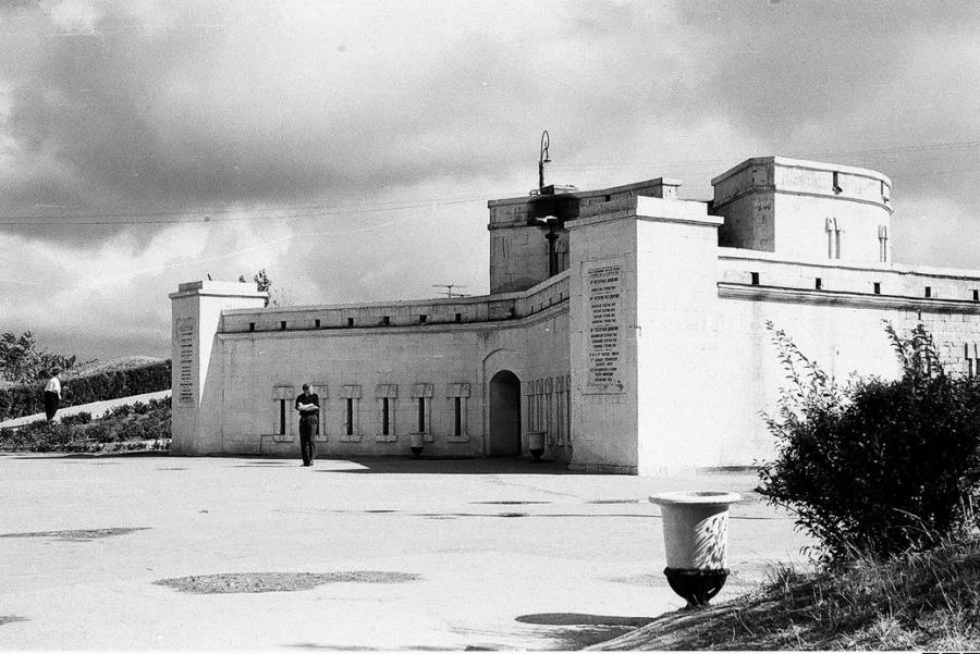 ForPost - Новости : В Севастополе после реставрации открыли Оборонительную башню на Малаховом кургане