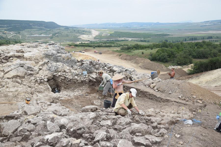 ForPost - Новости : В Севастополе трасса «Тавриды» пройдёт через «крепость на скале»